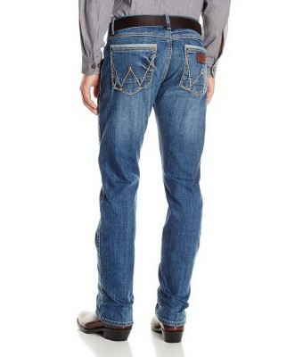 Картинка джинсов Wrangler WLT88CN Men's Retro Slim Fit Straight Leg Jeans - Chandler, вид сзади